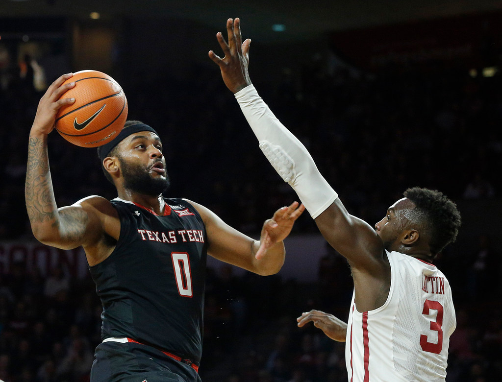 1515640938-texas-tech-oklahoma-basketball