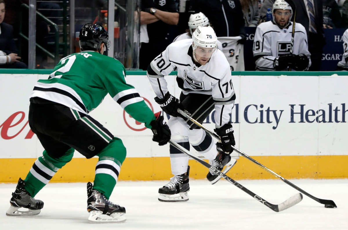 1519337671-kings-stars-hockey