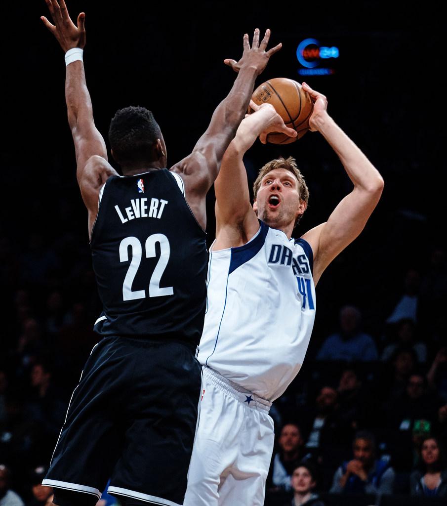 1521344576-nets-mavericks-basketball