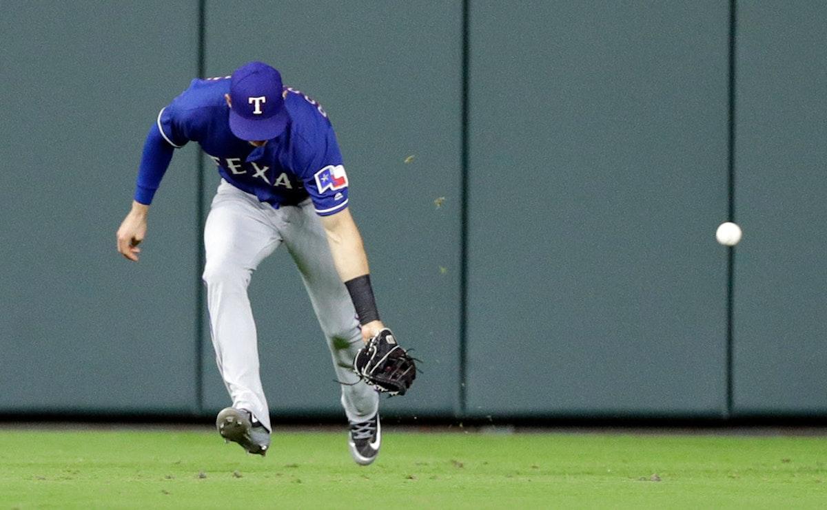 1523677414-rangers-astros-baseball