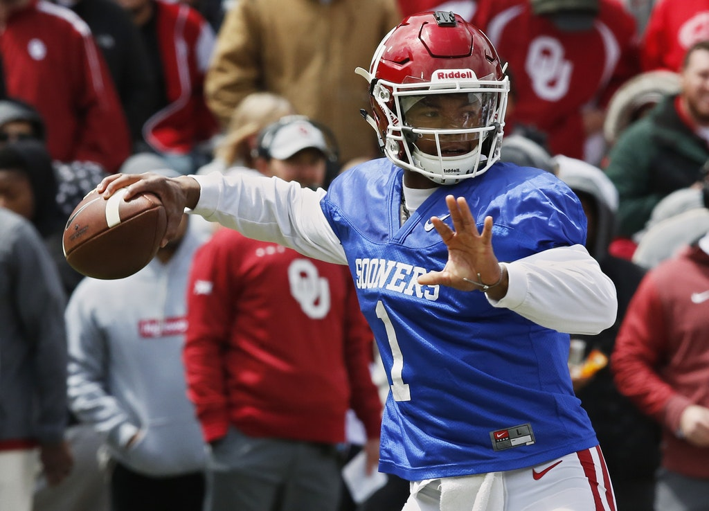 college sports  austin kendall era isn u0026 39 t here yet  but sooners qb kyler murray could have a