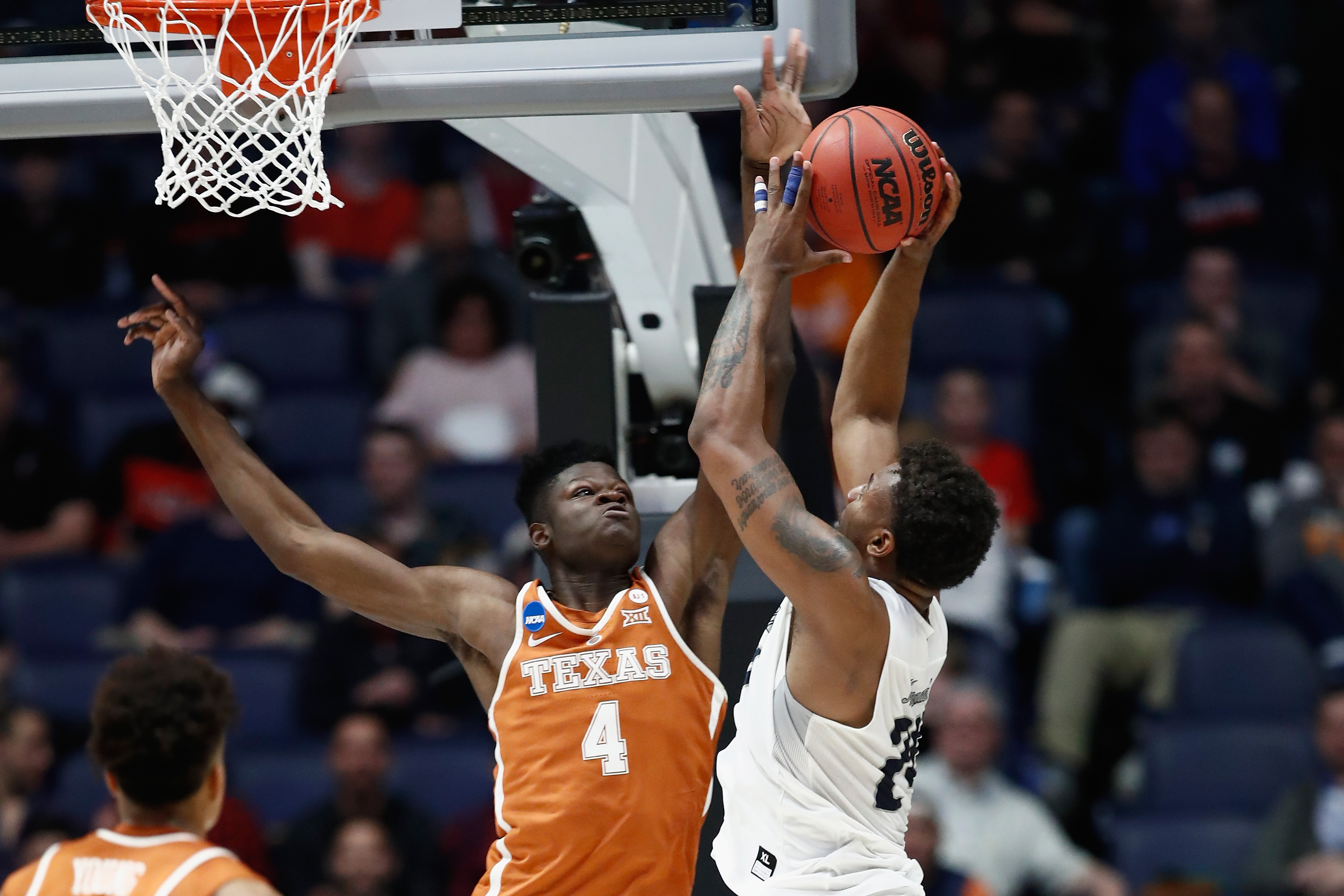 Why Mo Bamba could come off the draft board before Mavericks have a chance to pick him