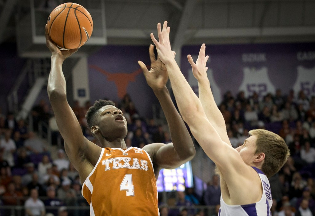 Why NBA teams drool over, but also question possible Mavs draft target and ex-UT star Mo Bamba