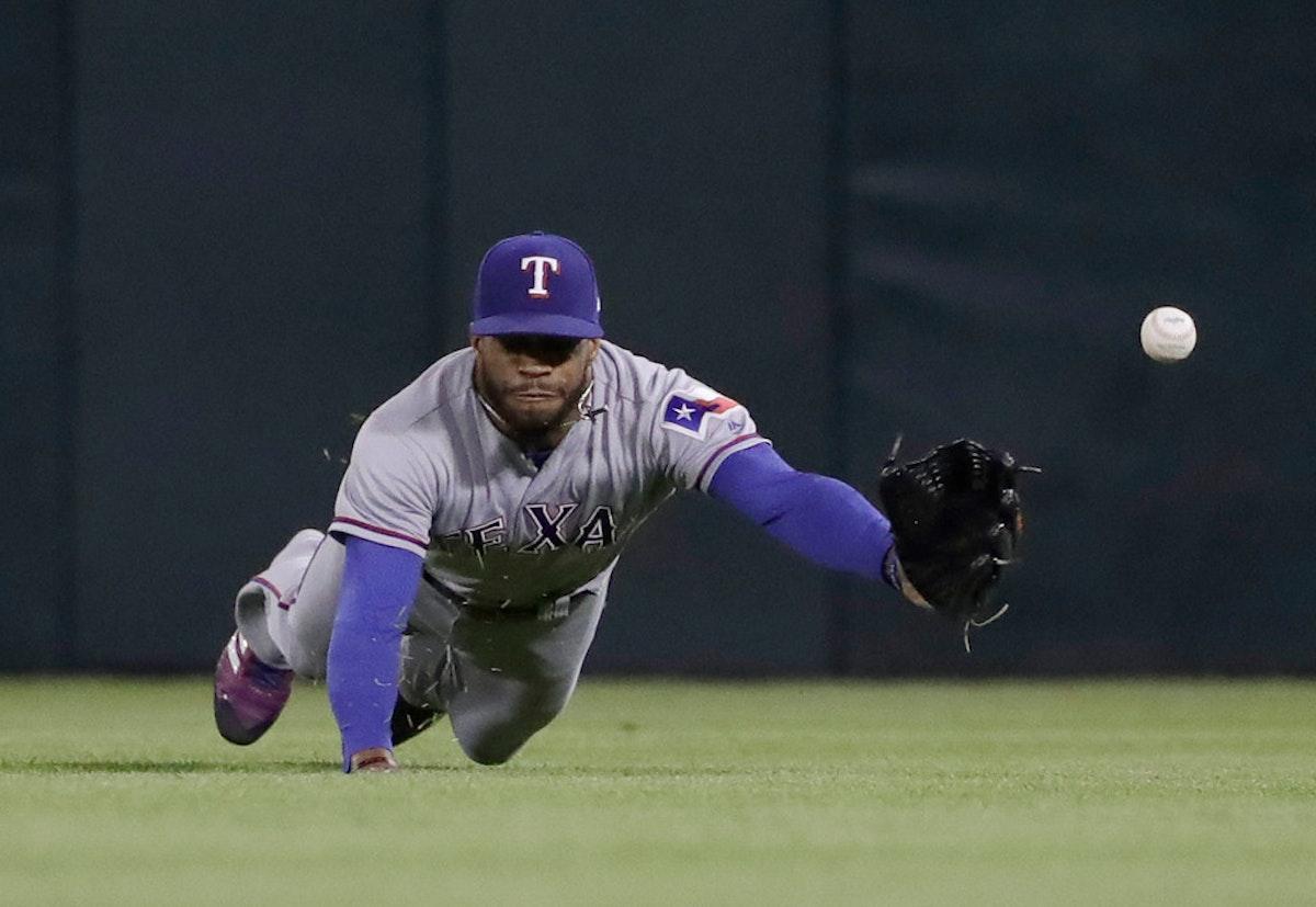 1526613861-rangers-white-sox-baseball