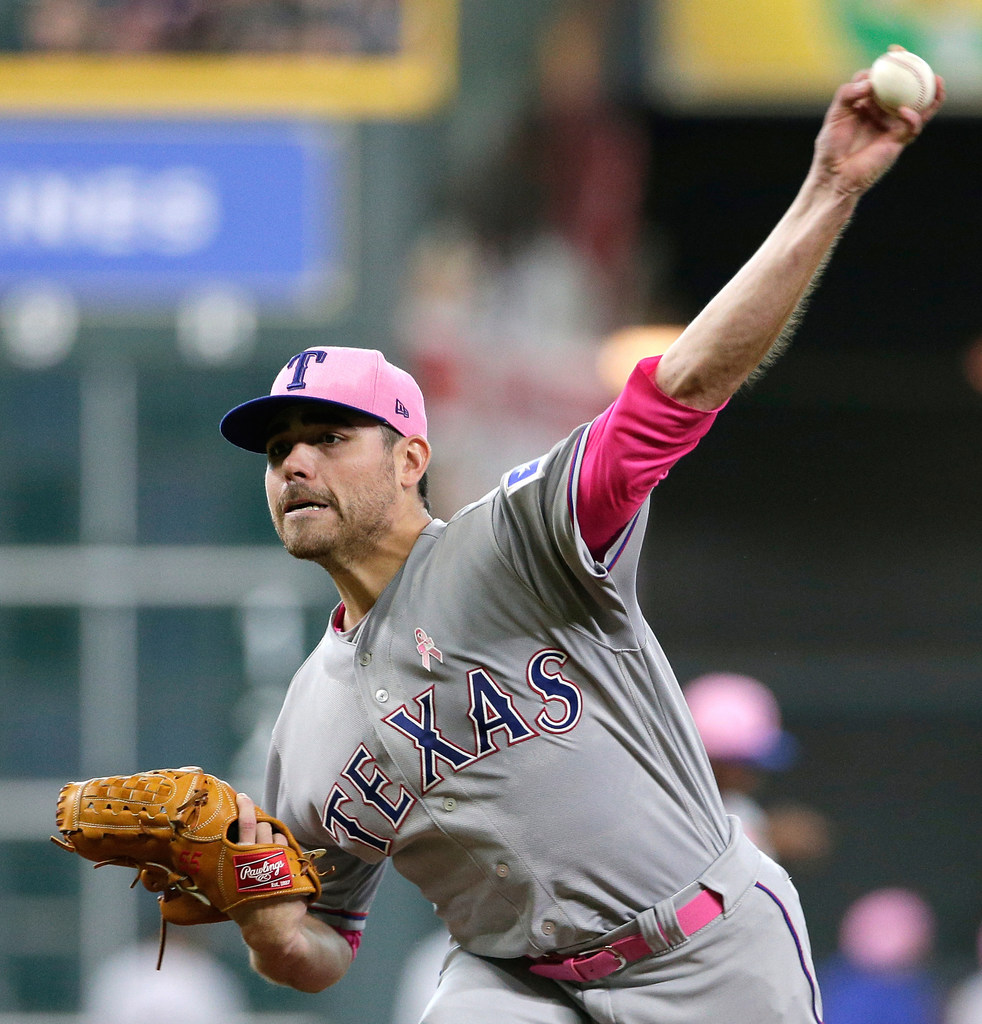 Friday's pitching matchup: Slumping starters for Rangers, White Sox meet