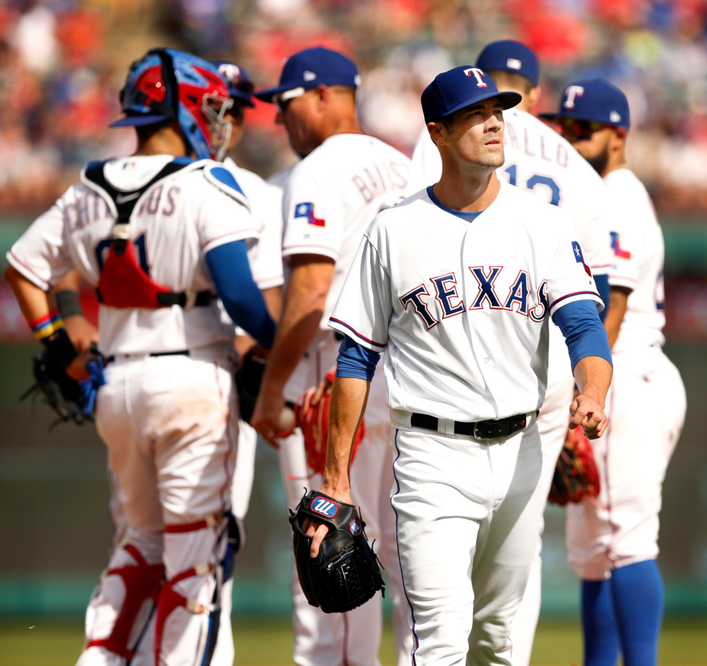 Rangers will give 22-year-old Ariel Jurado major league debut Tuesday in place of Cole Hamels