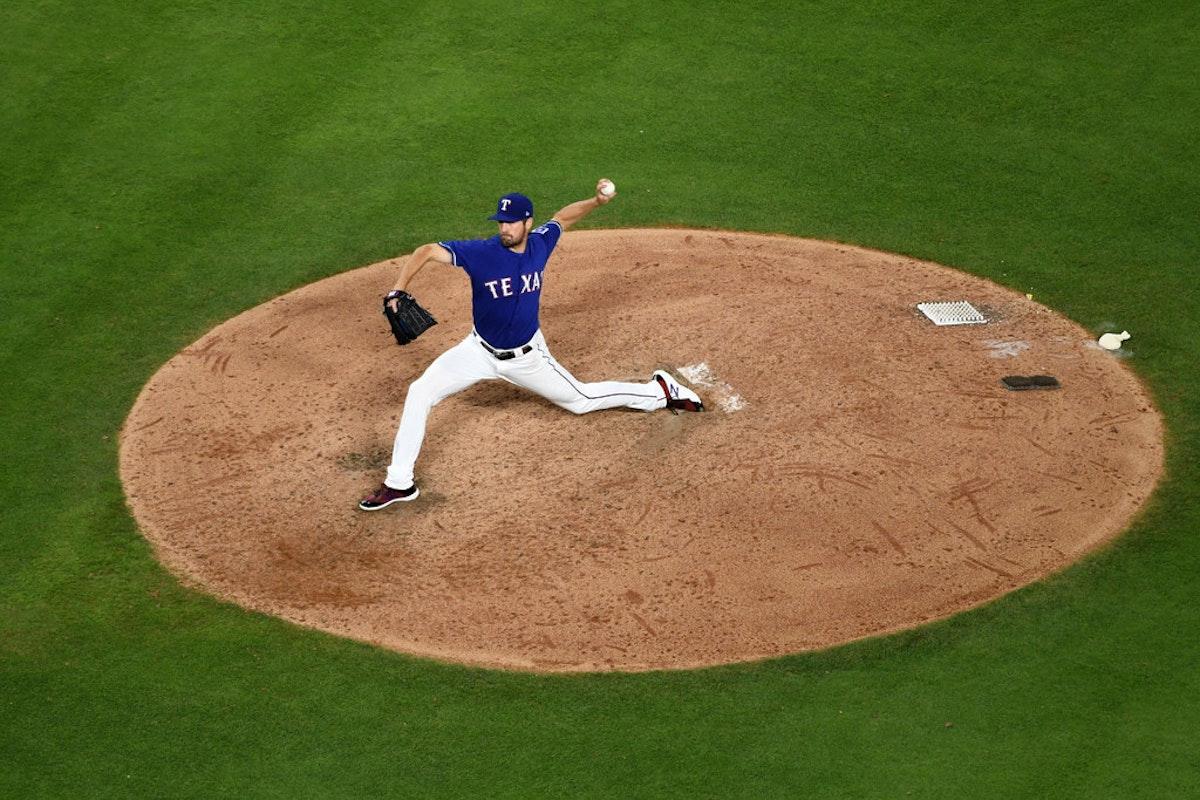 1527191750-yankees-rangers-baseball