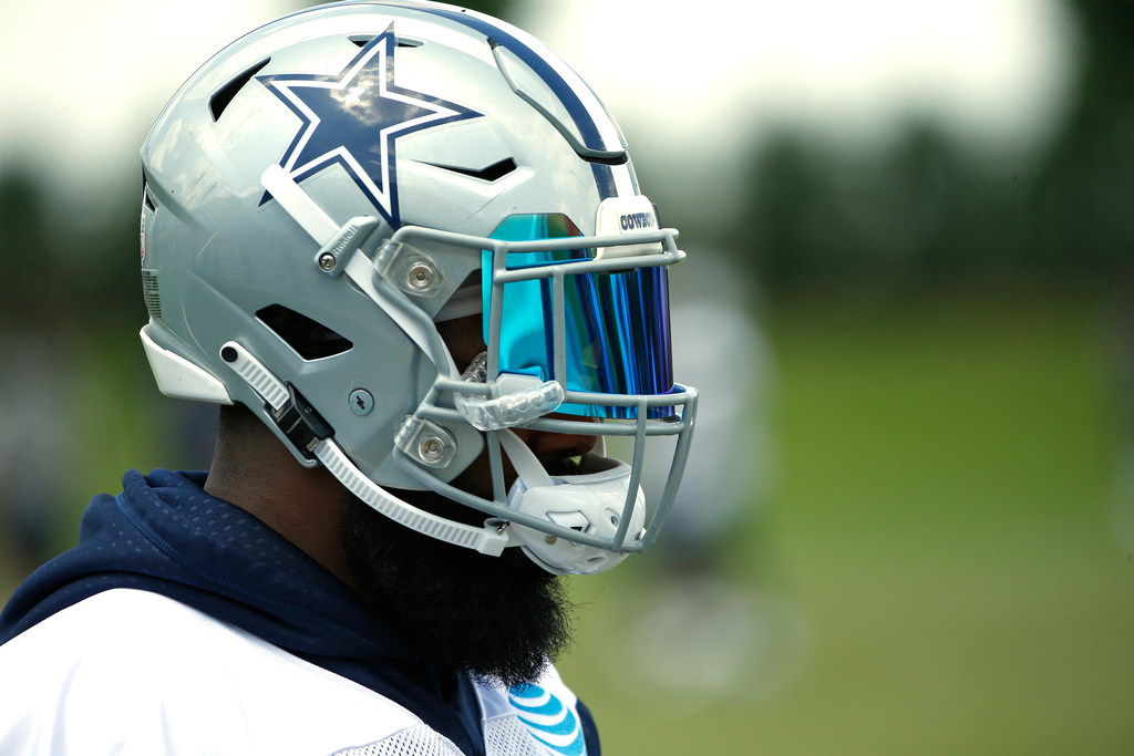 Mosley: 'The rushing title will come down to Ezekiel Elliott and Saquon Barkley.'