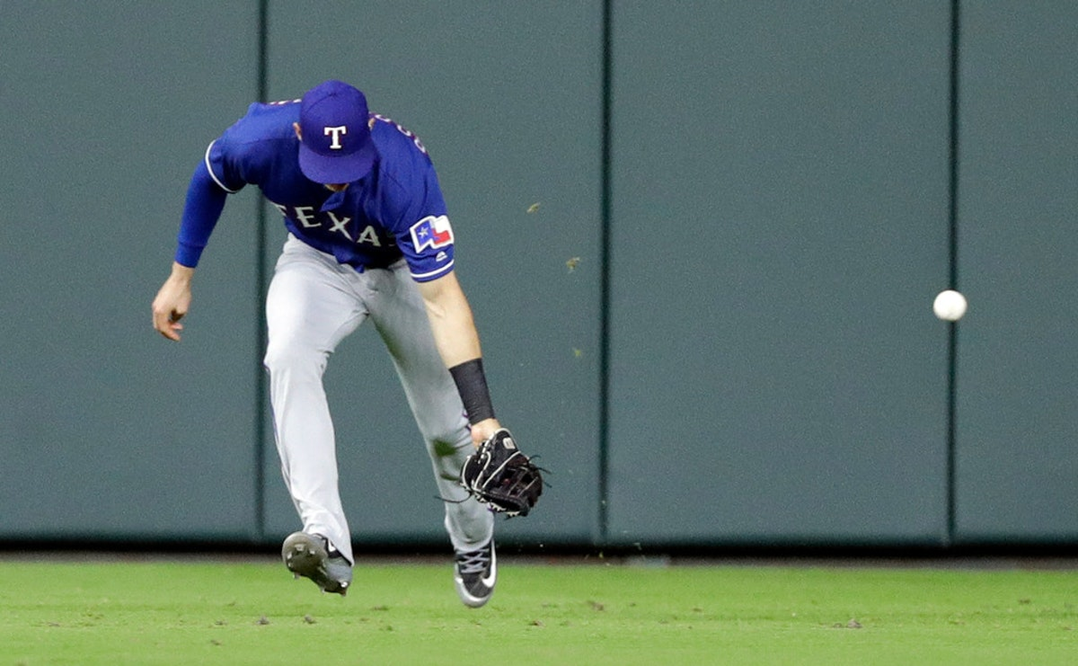 1527291596-rangers-astros-baseball