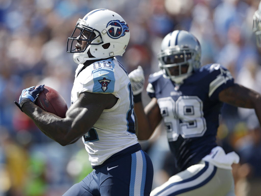 Why TE Delanie Walker would welcome Dez Bryant to the Tennessee Titans 'with open arms'