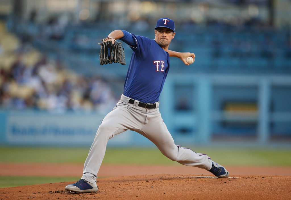 Tuesday's pitching matchup: Hamels needs help from Rangers offense