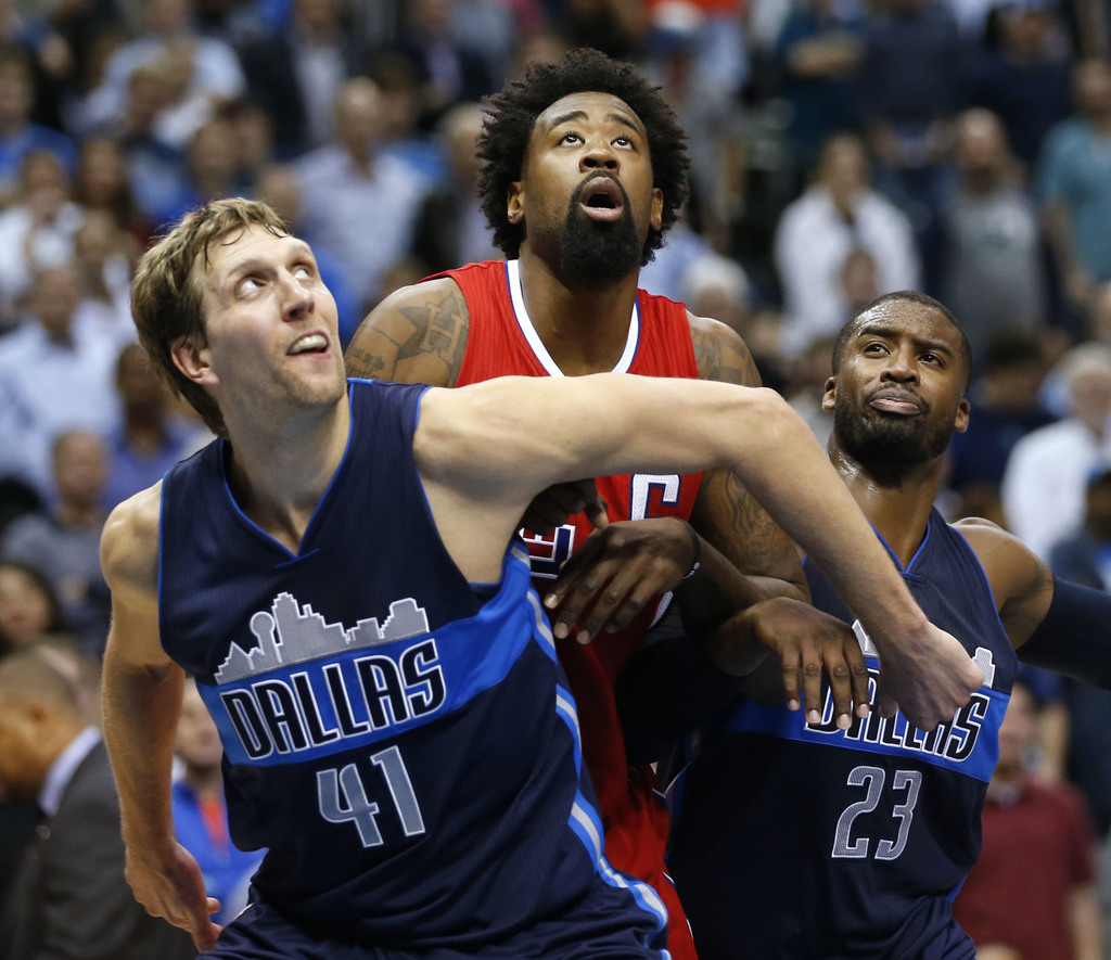 3c3cff954 Dallas Mavericks  It s officially official (for real this time)  DeAndre  Jordan has signed with the Dallas Mavericks