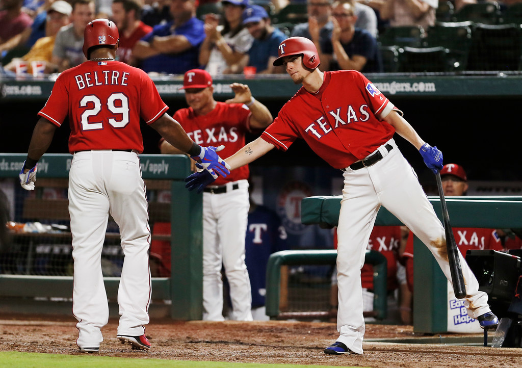 Left hamstring issue arises again for Beltre, could keep him out of Rangers lineup