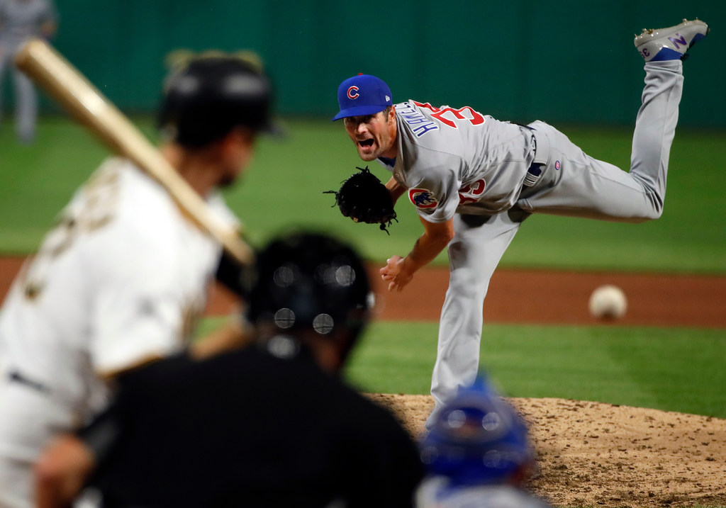 'Fixing' Delino DeShields, explaining Cole Hamels' Chicago success, and the issue of kids playing baseball year-round