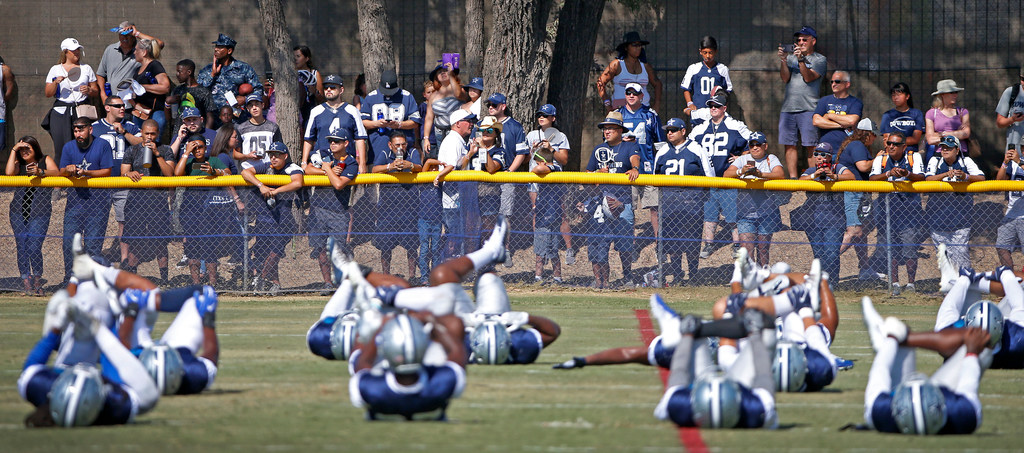 10 biggest stories from Cowboys camp in Oxnard: Dak stands firm; Dez lashes out; why no celebs?