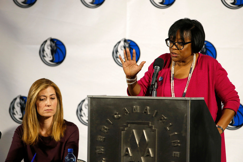 5 observations from Mavs investigation report, including Cuban's warnings to Chris Hyde and absence from business office