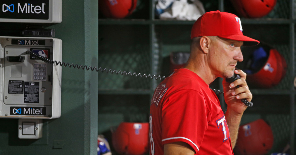 #EvanHelpUs: Tackling Jeff Banister's job security, 2019 pitching and the possibility of a Derek Holland reunion