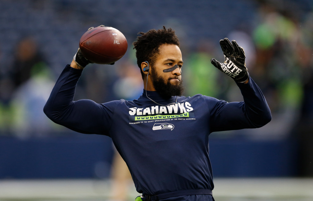Ex-NFL scout: Here's why the Cowboys shouldn't rush to trade for Seahawks safety Earl Thomas