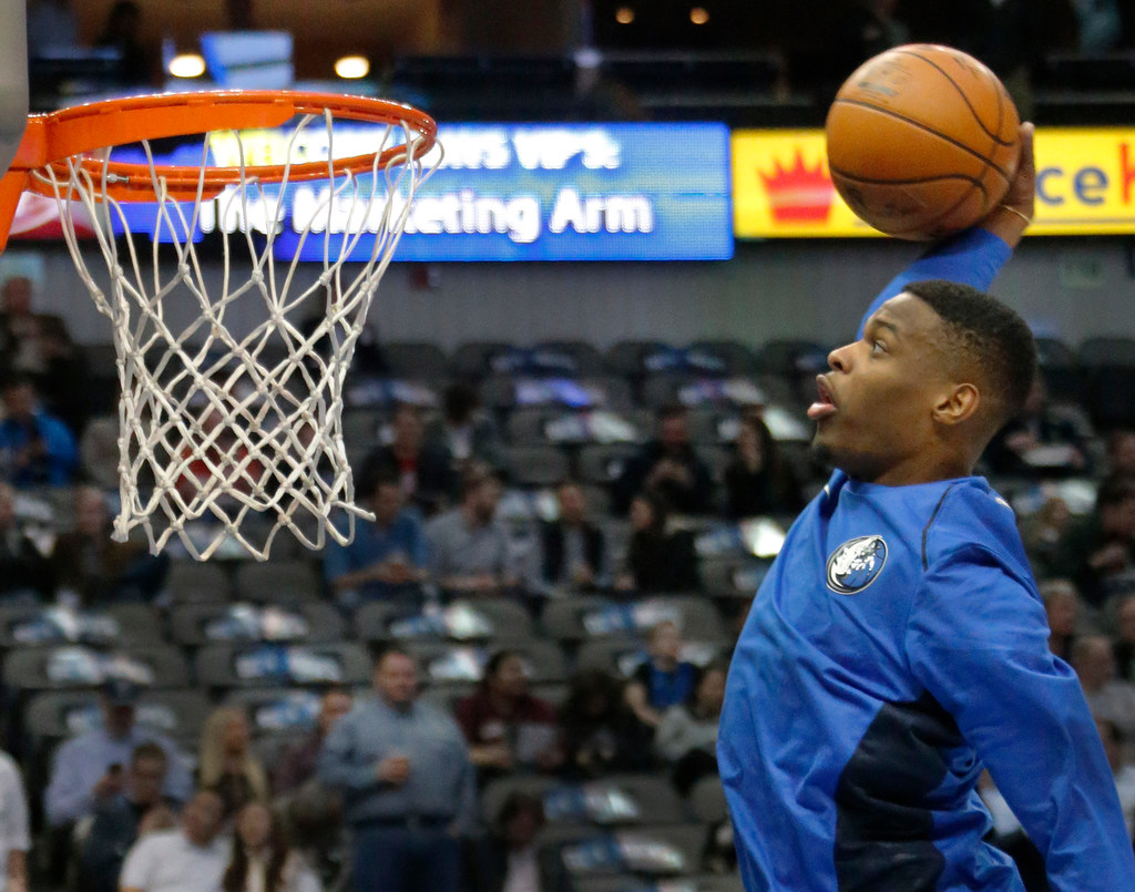Mavs PG Dennis Smith Jr. says he won't compete in dunk contest this year: 'I don't think it's for me'