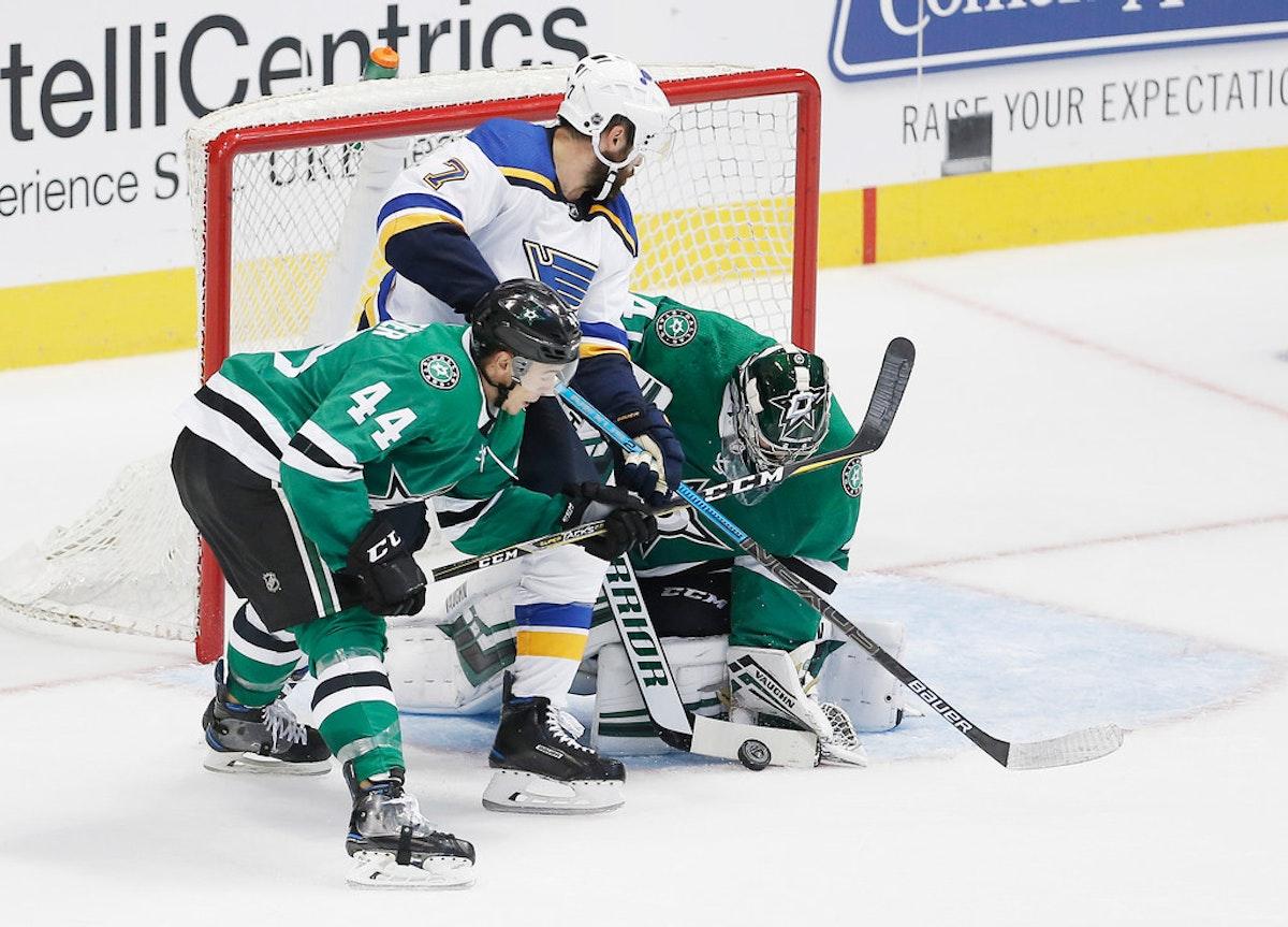 1537642130-blues-stars-hockey