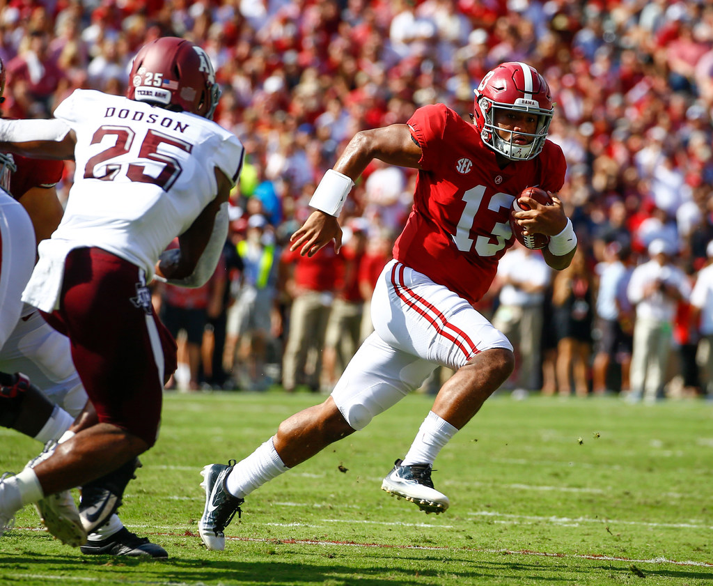 College Sports National Reaction Top Ranked Alabama Cruises To 45