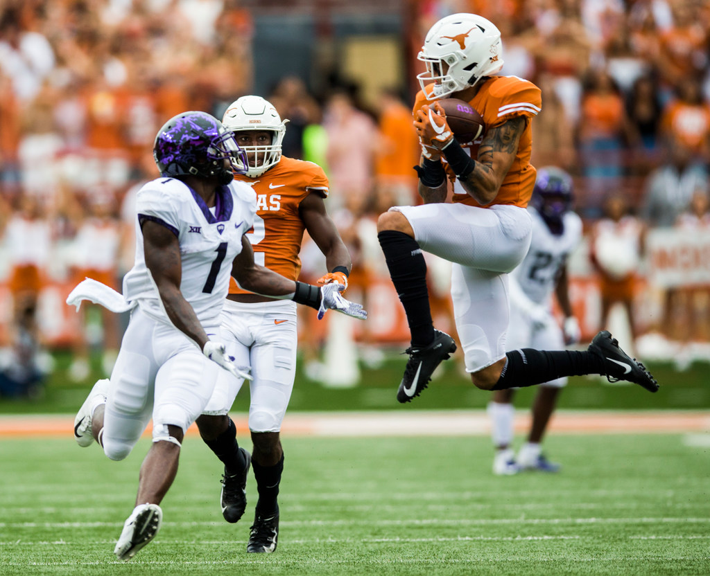Caden Sterns' hot start to college career continues as Texas takes down TCU