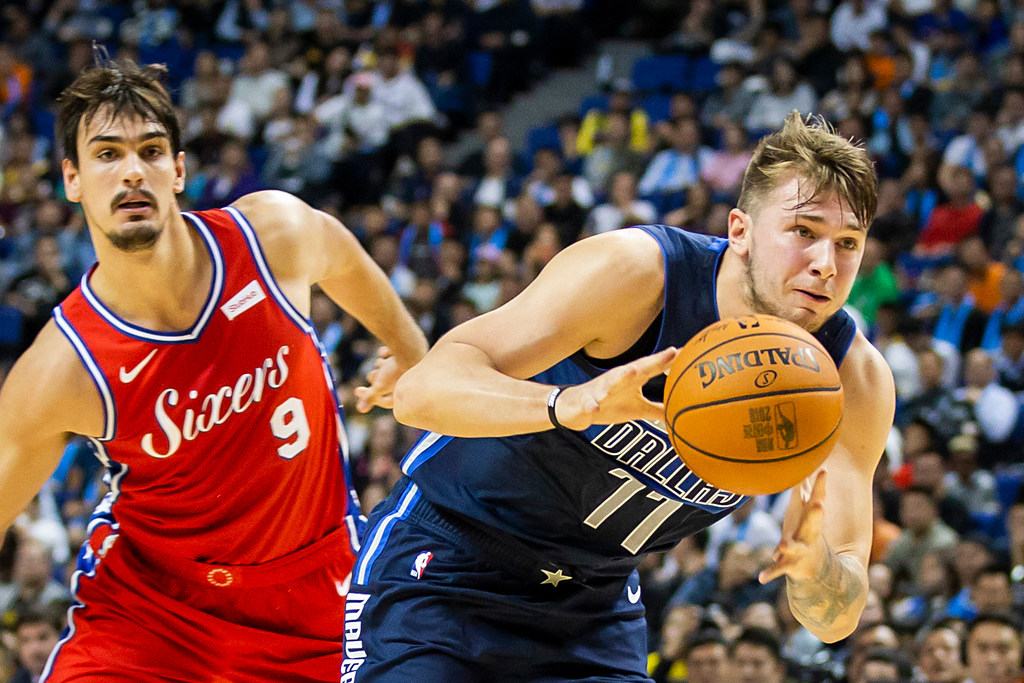 Mavs need to break Luka Doncic of this habit from his European playing days