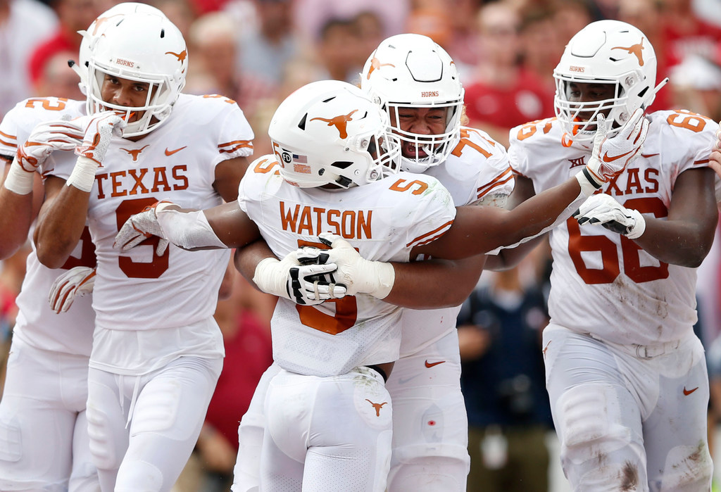 1b217eb67aa2 College Sports  College football Top 25 polls  Texas climbs into top 10 after  win over Oklahoma