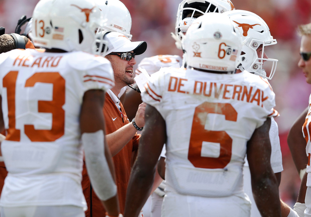 How 197 text messages illustrate what Tom Herman, Longhorns' win over Sooners means