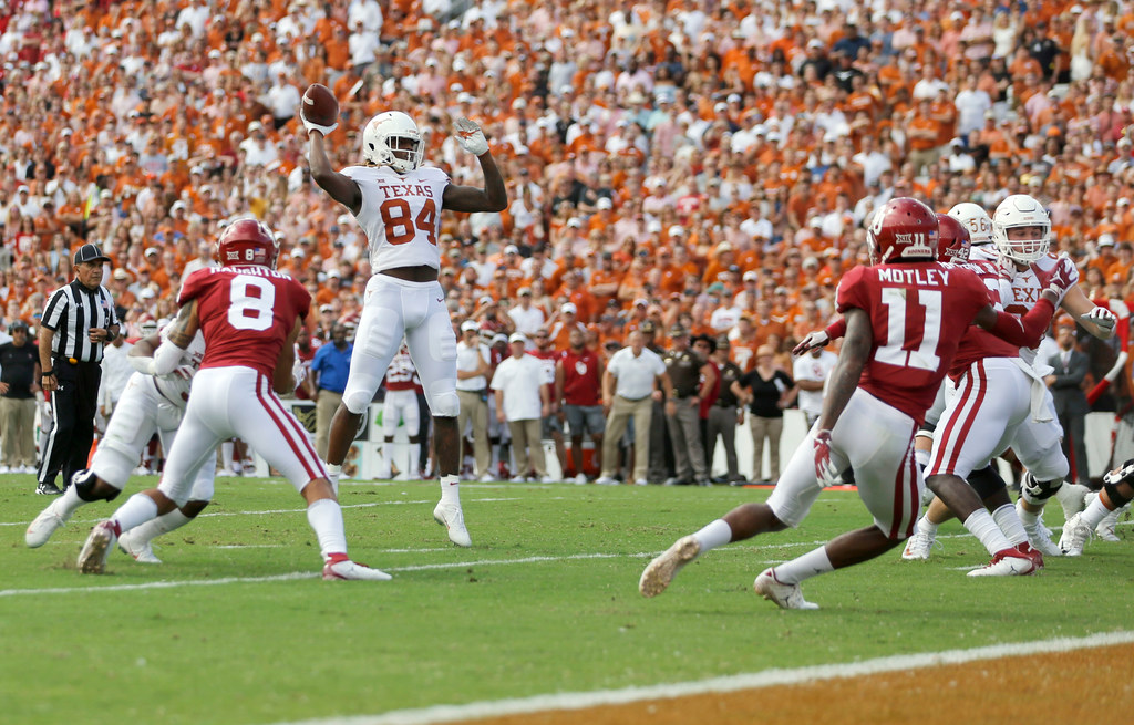 Is Texas favored to win the Big 12 after beating Oklahoma?