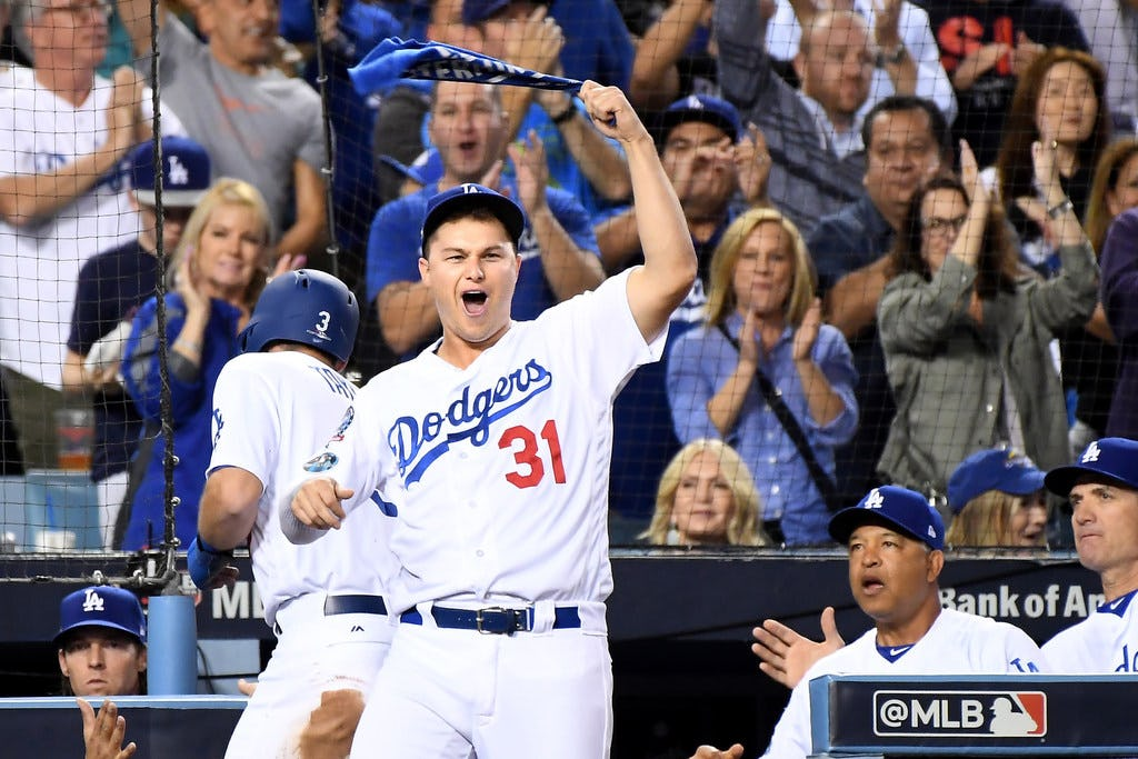 NLCS tied: Cody Bellinger lifts Dodgers over Brewers with walkoff hit in 13th inning