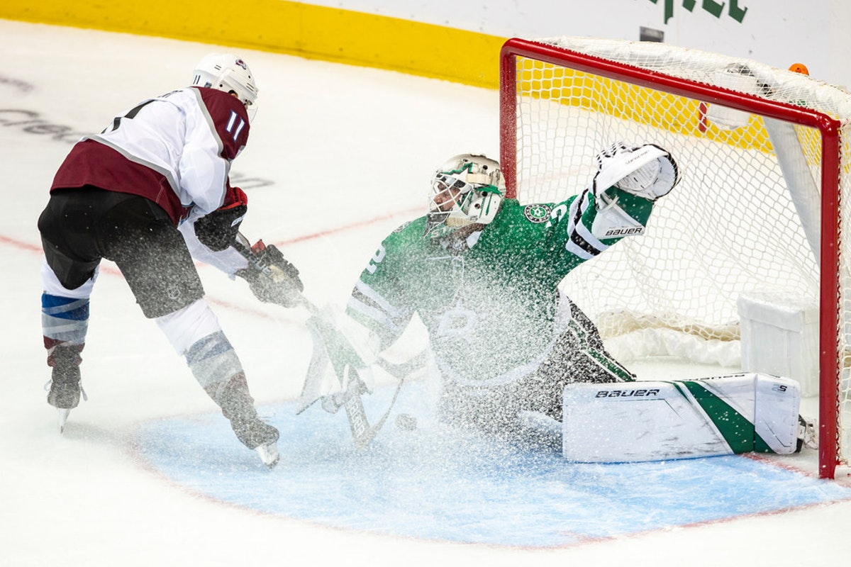 1540145687-avalanche-stars-hockey