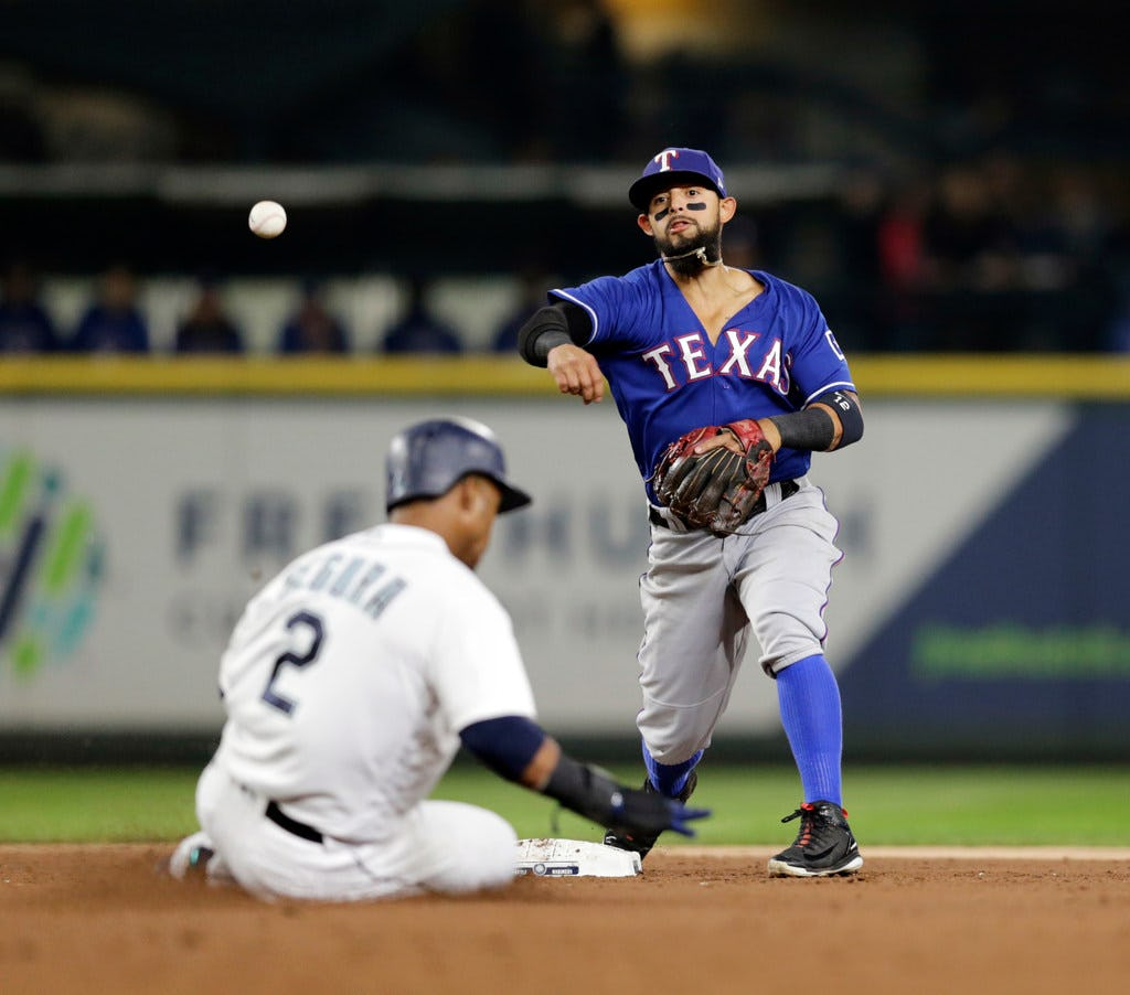 Rangers Odor finalist for AL Gold Glove