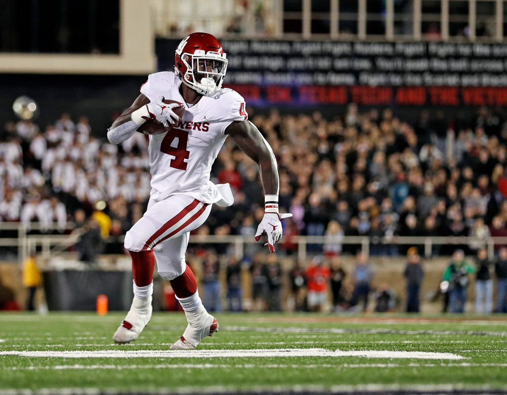 An Attempt To Recap The Strangeness That Was No 7 Oklahoma S Road Win Over Texas Tech