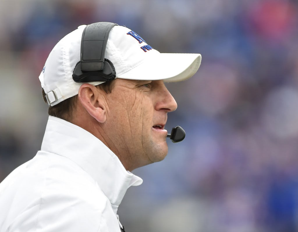 Kansas fires head football coach David Beaty