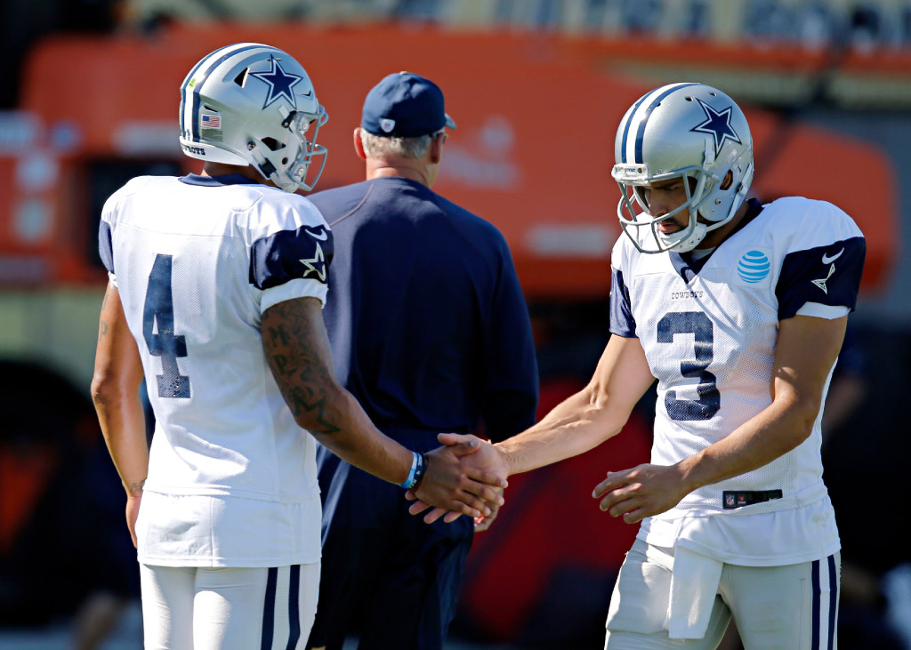 Dallas Cowboys  Reports  Redskins sign former Cowboys backup QB Mark Sanchez  in wake of Alex Smith injury  69fbb82f2