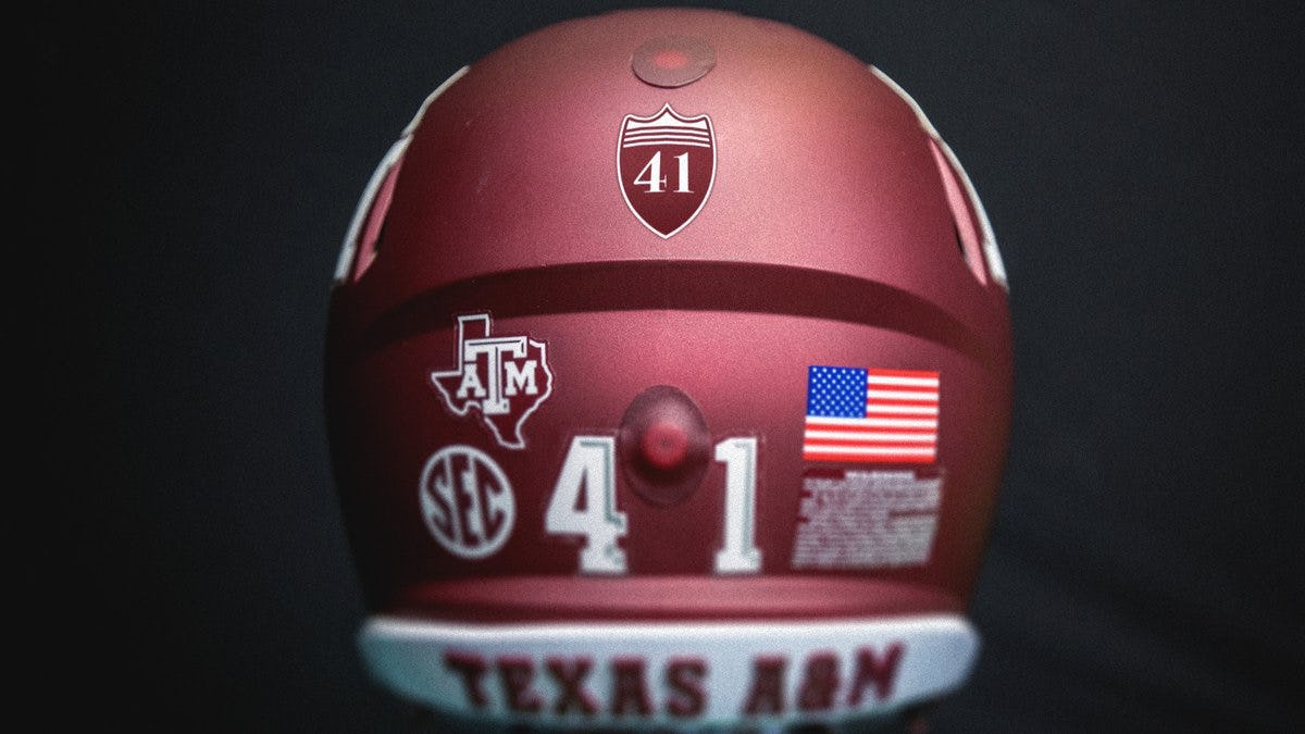 All Texas A&M athletic teams to honor George H.W. Bush with tribute decal on uniforms for remainder of 2018-19 school year