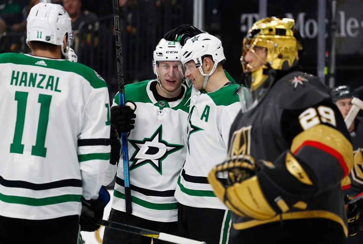 1544569151-stars-golden-knights-hockey