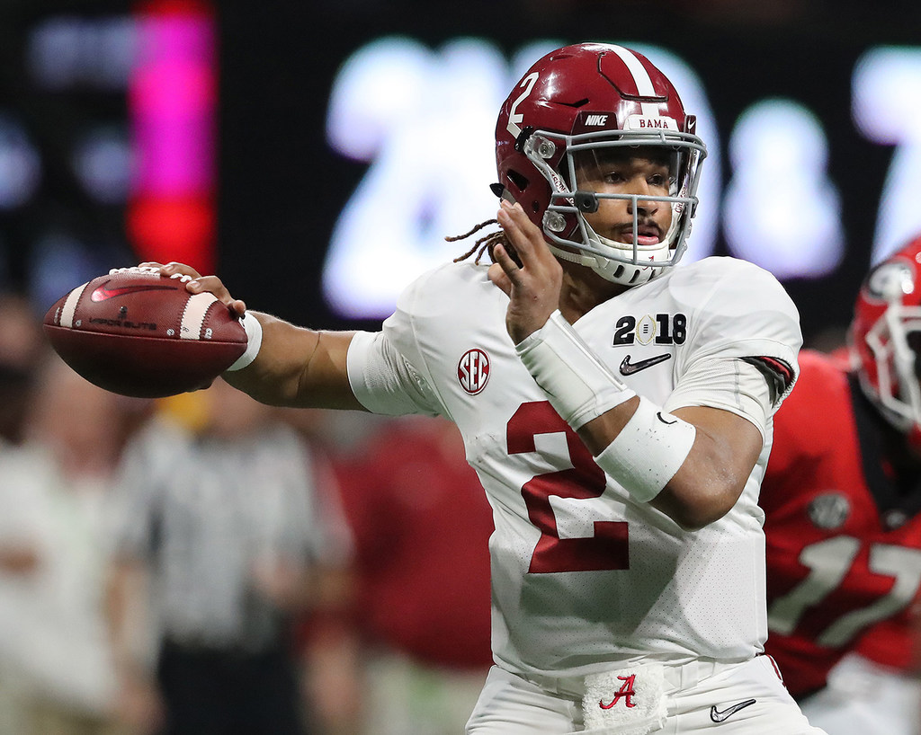 College Sports Report Jalen Hurts Visits Oklahoma As Alabama Qb
