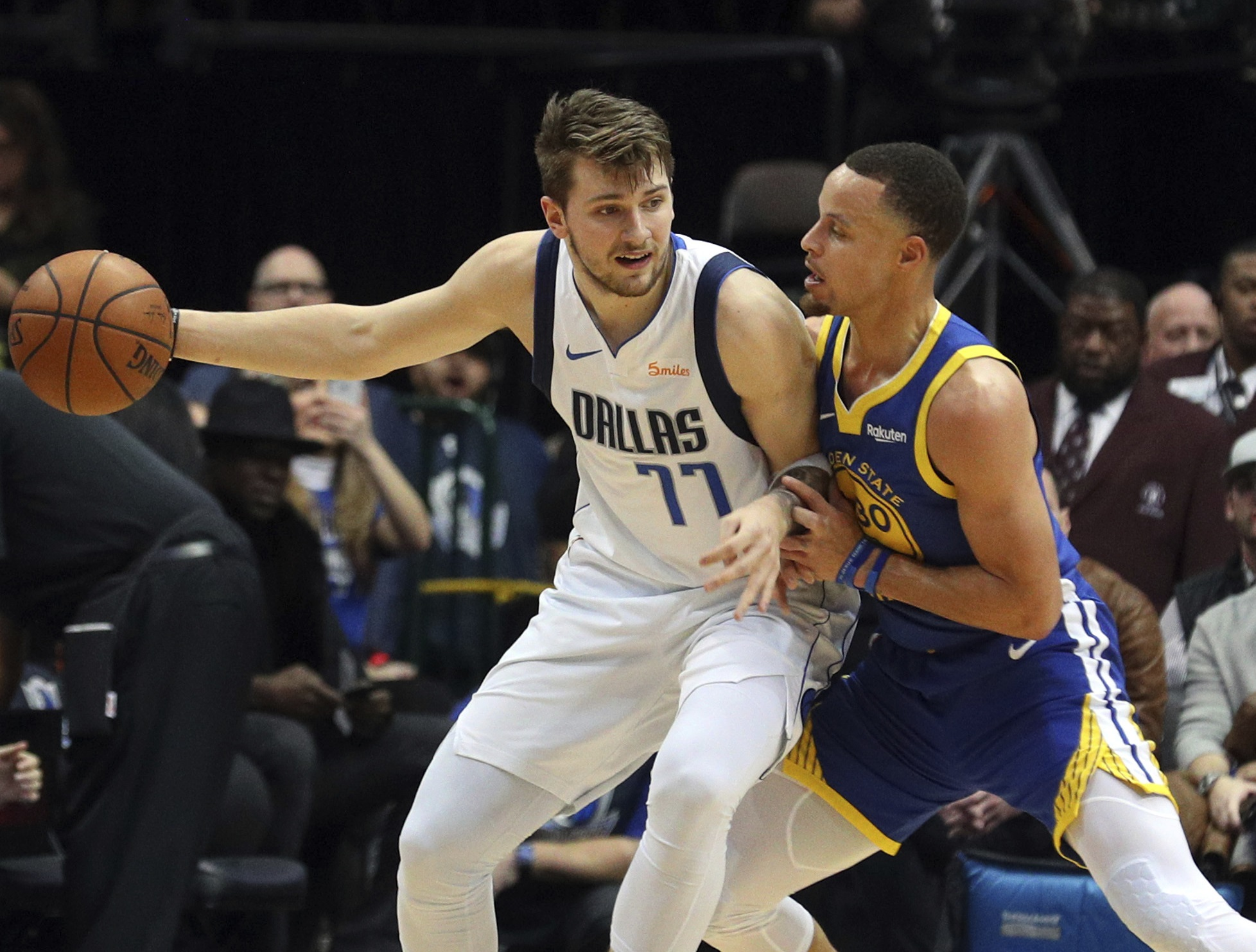 f44c460b4ca8 Dallas Mavericks  A look inside Mavs rookie Luka Doncic s private pre-draft  workout with Steph Curry