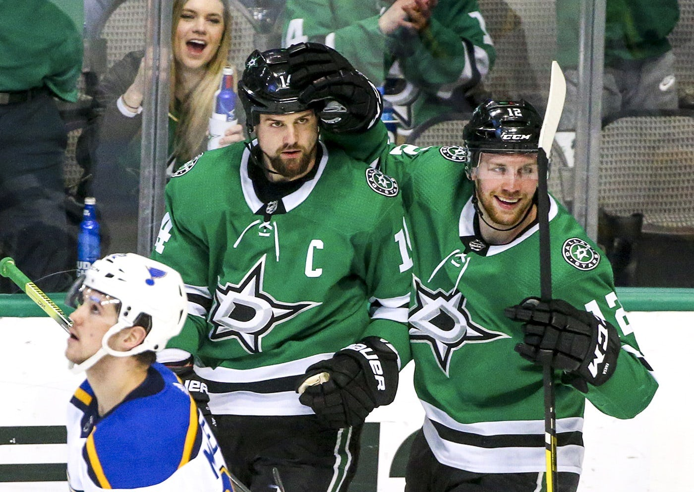 Jamie Benn returns to form as Stars snap Blues' 11-game win streak