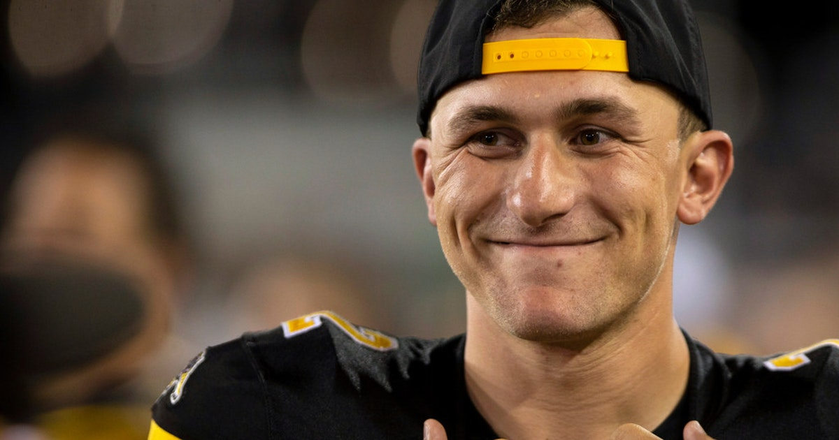 College Sports Johnny Manziel Is Available For Aaf S