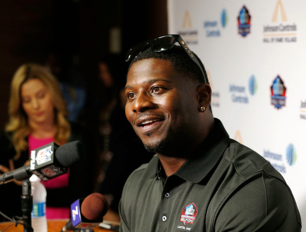 How TCU RB great LaDainian Tomlinson is building a movement of leadership at his alma mater