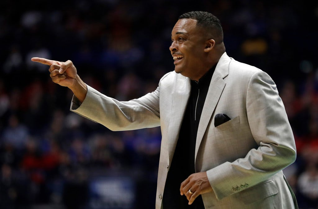 Georgia State coach Ron Hunter relives falling off his stool after upset win over Baylor in NCAA tournament