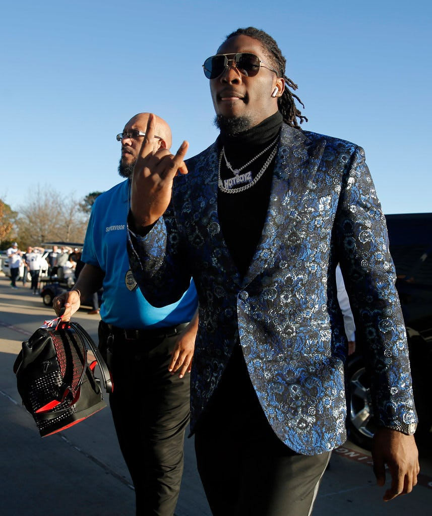 """Cowboys VP Stephen Jones on negotiations with DeMarcus Lawrence: """"We're at an impasse.''"""
