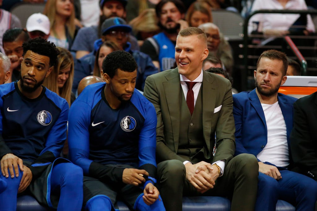 Keep 'em or leave 'em? Vote on what Mavs should do with Kristaps Porzingis, J.J. Barea and the rest of their free agents