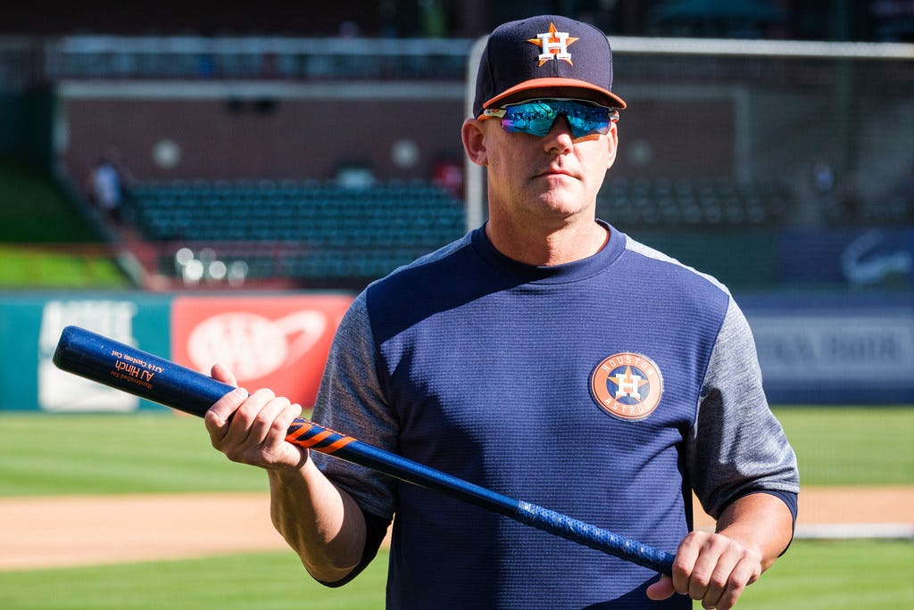 Astros manager A.J. Hinch praises Chris Woodward, says Rangers have 'upbeat' attitude