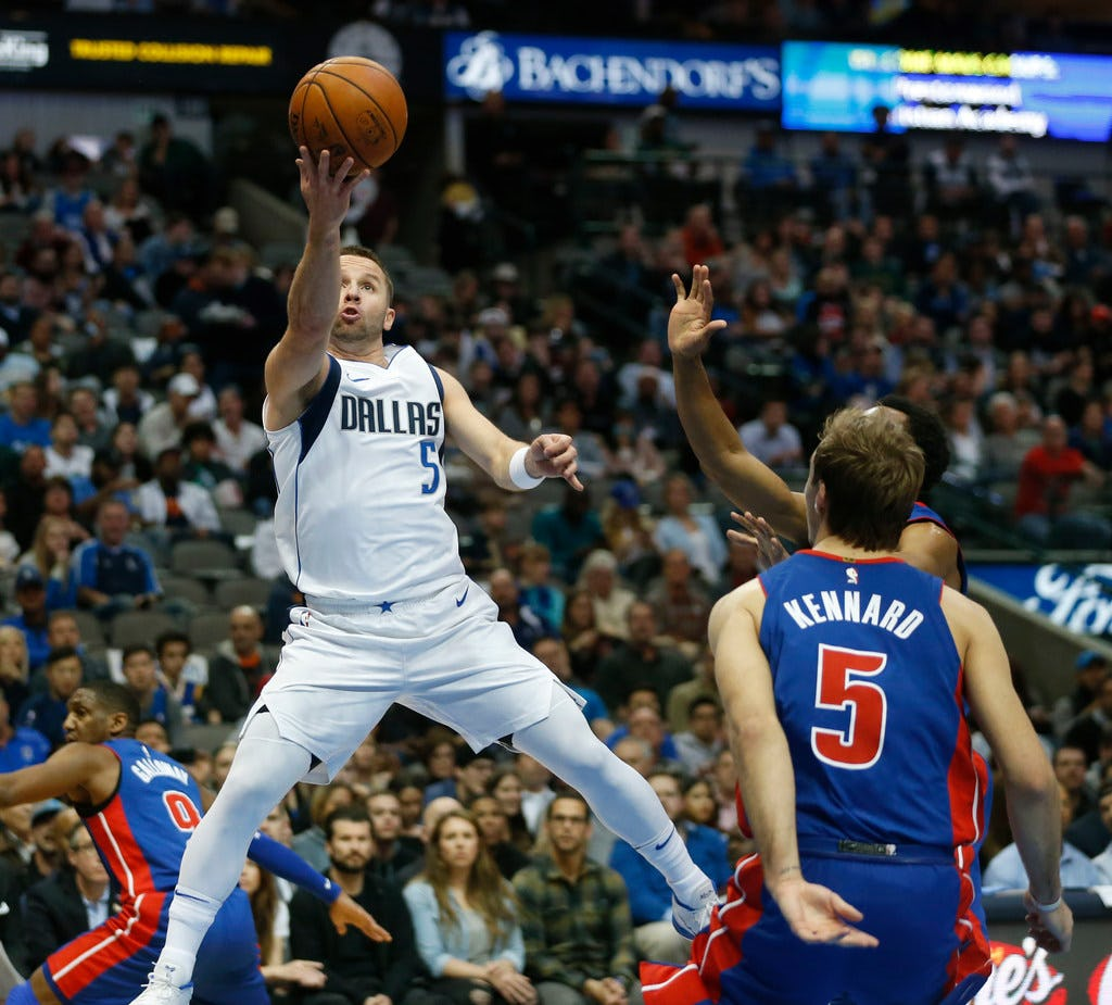 Why 'there's room' for guard J.J. Barea on the Mavericks' roster next season