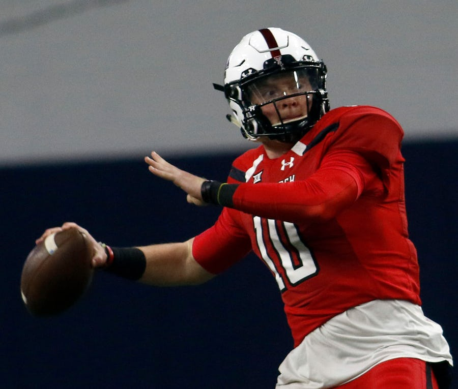 Alan Bowman, Sam Ehlinger among 117-player list of who could win the Heisman Trophy