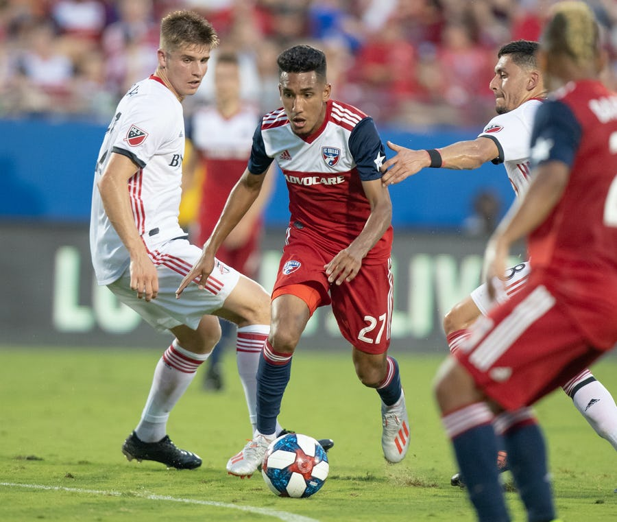 FC Dallas handles Toronto FC in pictures | SportsDay